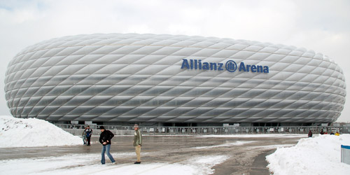 pin stadion fc bayern allianz arena on pinterest. Black Bedroom Furniture Sets. Home Design Ideas